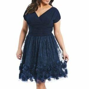 SLNY S.L. Fashions Women's Plus Cap Sleeve Ruched